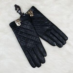 NWT MICHAEL Michael Kors tech gloves